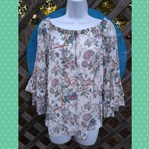 SOLITAIRE floral off shoulder bell sleeve top
